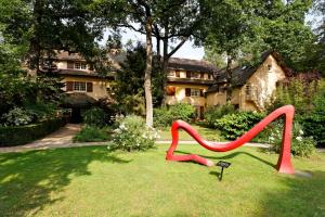 Relais & Châteaux-Hotel Cazaudehore - La Forestière Saint-Germain en Laye