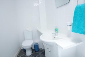 """Um banheiro em Paddington Gorgeous """"Mews House"""" in Central London"""