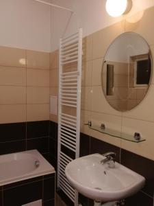 Um banheiro em Křižíkova 65 Stay