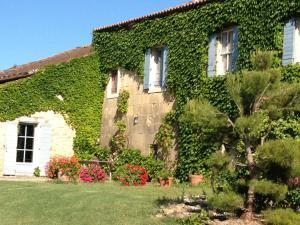 Chambres d'hotes  Mas de Ravert Saint-Etienne du Grès