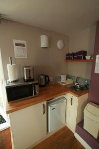 Una cocina o kitchenette en Bath Boating Station