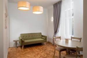 אזור ישיבה ב-Centara Brasov