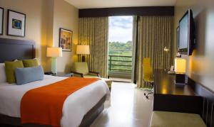 Radisson Summit Hotel & Golf Panama