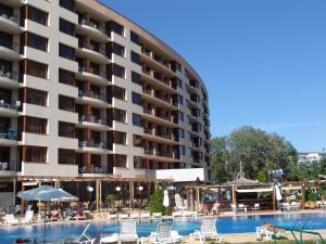 Aparthotel poseidon sunny beach bulgarije for Corendon telefoonnummer