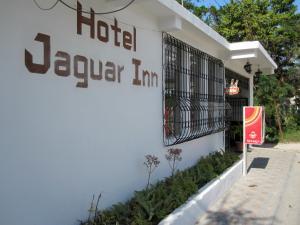 Jaguar Inn Santa Elena