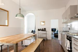 Una cocina o kitchenette en My Address in Barcelona