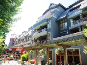 The Alpenglow by Allseason Vacation Rentals Whistler