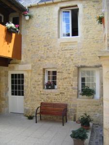 Chambres d'hôtes Le Logis de Saint Jean Bayeux