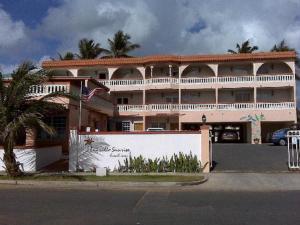 Luquillo Sunrise Beach Inn - Image1