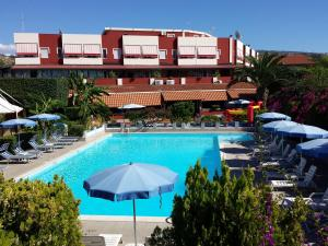 Residence Hotel Felix Ricadi