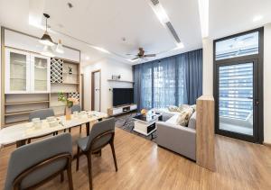 ✩Luxury 2BR Apartment in Vinhomes Metropolis✩