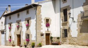 Hotel Pictures: Casa Rural Lakoak, Garínoain