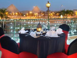 Hotel Mercure Cairo Le Sphinx Egypt Booking Com