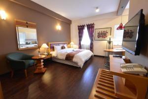 Khách sạn Golden Sun Villa
