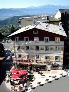 Hotel de La Poste Font Romeu Odeillo Via