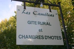 Chambres d'hotes Les Camélias Cravant les Coteaux