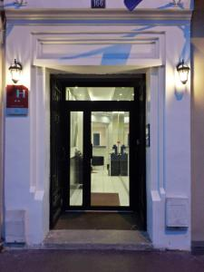Hotel Victor Hugo Clamart