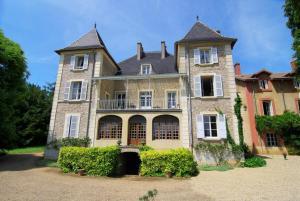 Le Château Champagny sous Uxelles