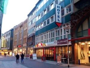 Hotel central hannover germany for Central de reservation hotel