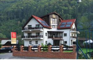 Zan Hotel - Image1