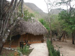 """Chiflon Lodge Reserva Natural """"Velo de Novia"""""""
