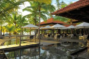 Beachcomber Sainte Anne Resort and Spa - Image2