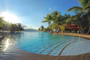 Beachcomber Sainte Anne Resort and Spa - Image4