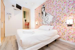 AinB Las Ramblas-Colon Apartments Barcelone