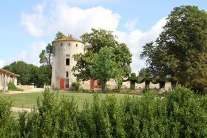 Chambres d'hotes  Château de Castelneau Saint-Léon