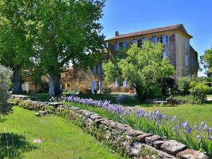 Chambres d'hotes  Domaine la Carraire Lauris