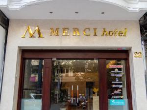 Khách sạn Merci