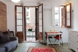 Sunny Brand New Appartement in the Centre Barcelone
