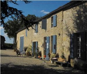 Chambres d'hotes  Château de Crécy Romagne