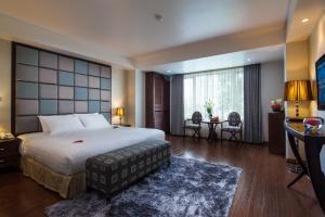 Khách sạn Dragon Pearl
