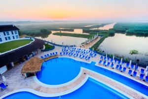 Peninsula Resort - Image4