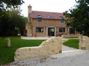 Casas rurales  La Ferme de Maraval Cénac et Saint-Julien