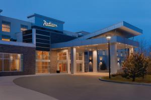Radisson Hotel & Conference Center Calgary Airport East Calgary