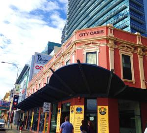 Globe Backpackers and City Oasis Perth