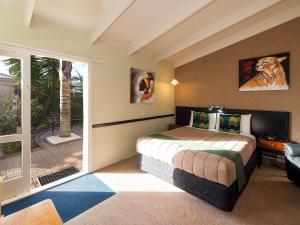 MALFROY Motor Lodge Rotorua - Accommodation and Mineral Pool Rotorua