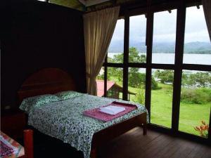 La Sirena Lake Lodge - Laguna Azul