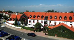 Park Hotel Pruhonice - Image1