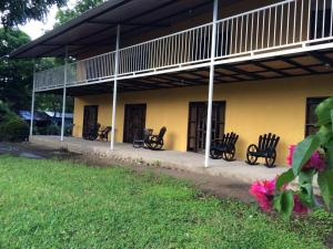 Hotel Chico Largo