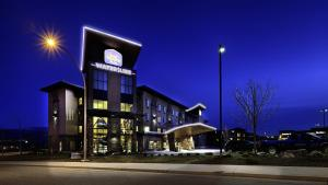 Best Western PLUS Wine Country Hotel & Suites Kelowna