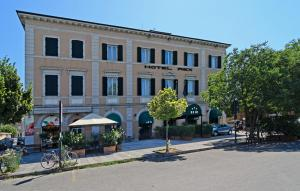 Hotel Rex Lucques