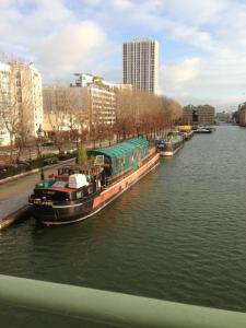 Bed & Breakfast Rotonde Canal De L'Ourcq Paris