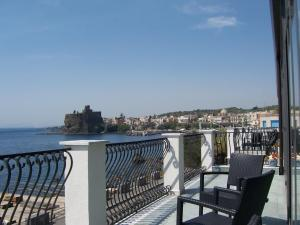 La Terrazza, Bed & Breakfast Aci Castello