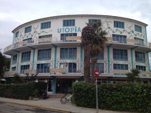 Utopia Beach House Sitges