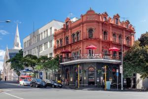 Shakespeare Hotel Auckland