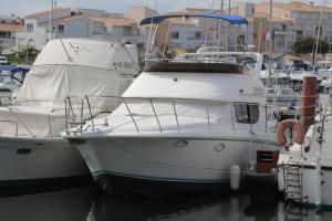 Studio Cabine sur bateau à quai - Port Ambonne, village naturiste Agde