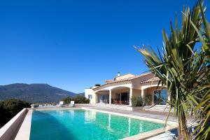 Squarebreak - Villa with Panoramic View Viggianello